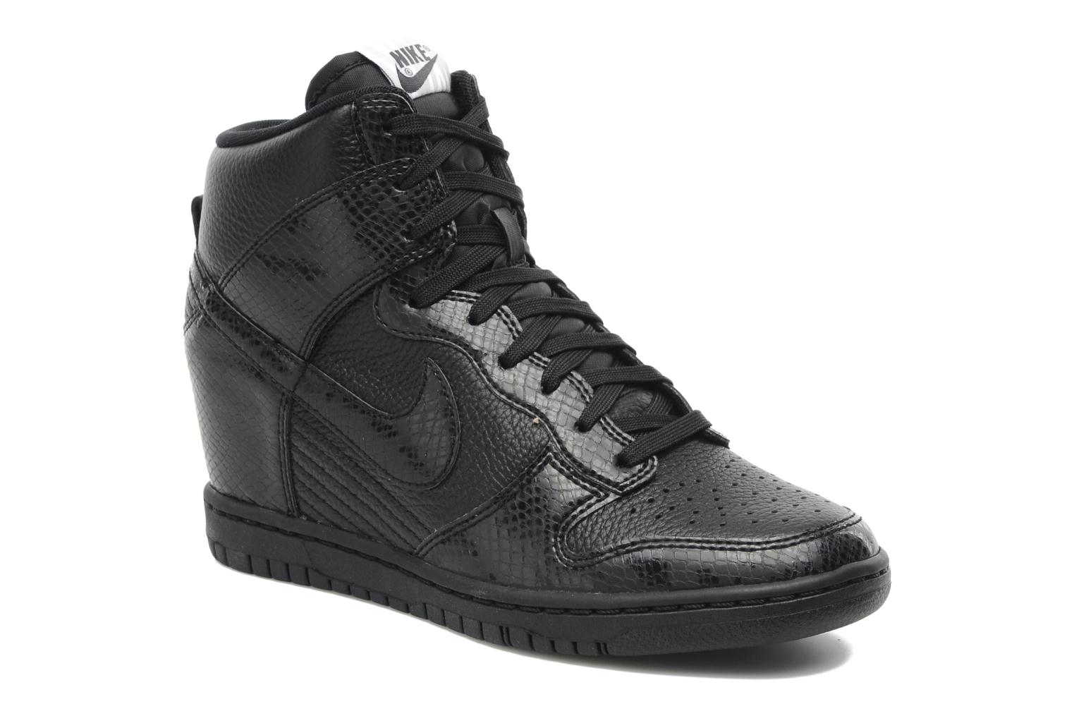 nike dunk sky high trainers in black at 182207. Black Bedroom Furniture Sets. Home Design Ideas