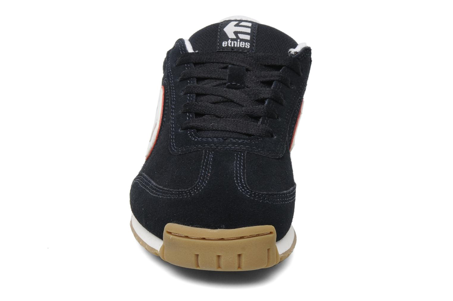 etnies lo cut 2 bleu chaussures de sport chez sarenza 116553. Black Bedroom Furniture Sets. Home Design Ideas