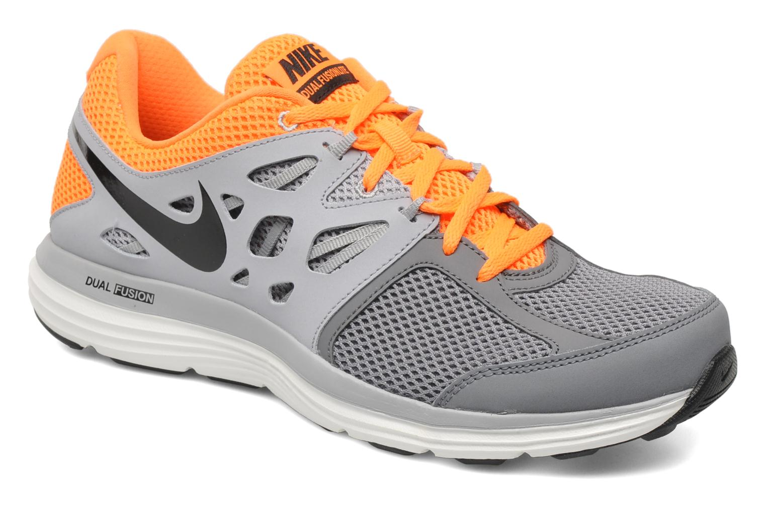 nike nike dual fusion lite sport shoes in grey at 182280. Black Bedroom Furniture Sets. Home Design Ideas