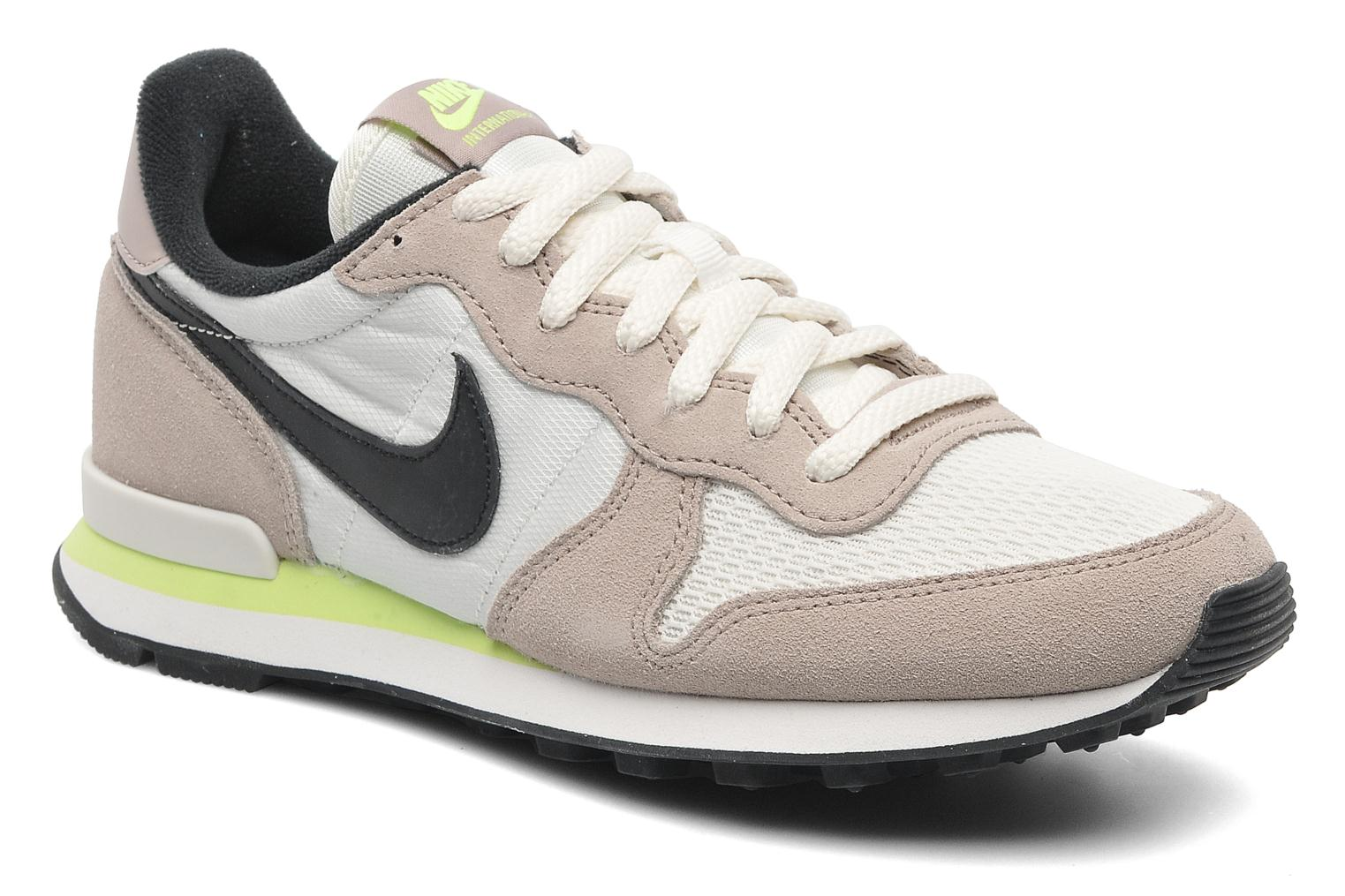 nike wmns nike internationalist beige sneaker bei. Black Bedroom Furniture Sets. Home Design Ideas