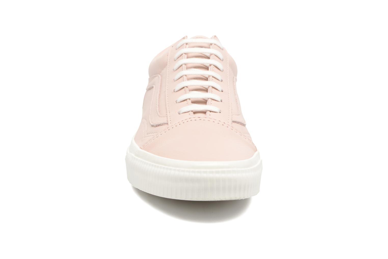 Sneakers Vans Old Skool W Rosa modello indossato