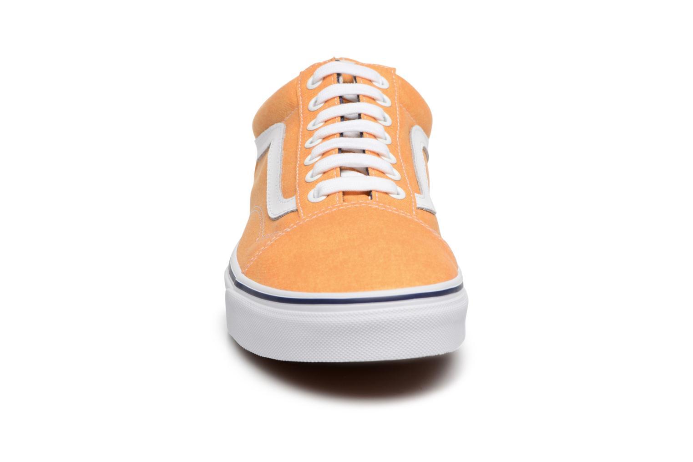 Baskets Vans Old Skool Jaune vue portées chaussures