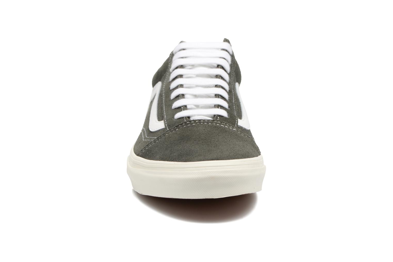 Baskets Vans Old Skool Gris vue portées chaussures