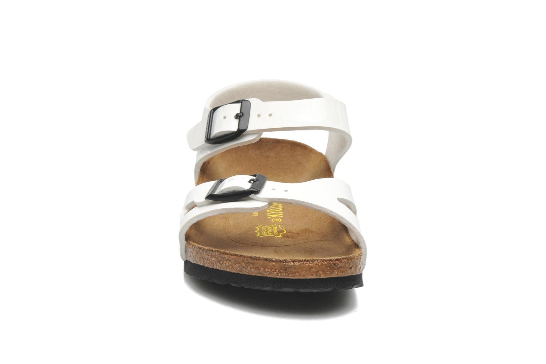 Sandalen Birkenstock Rio weiß schuhe getragen