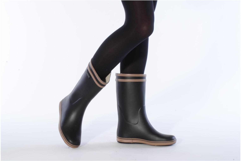 Bottines et boots Aigle Malouine Noir vue bas / vue portée sac
