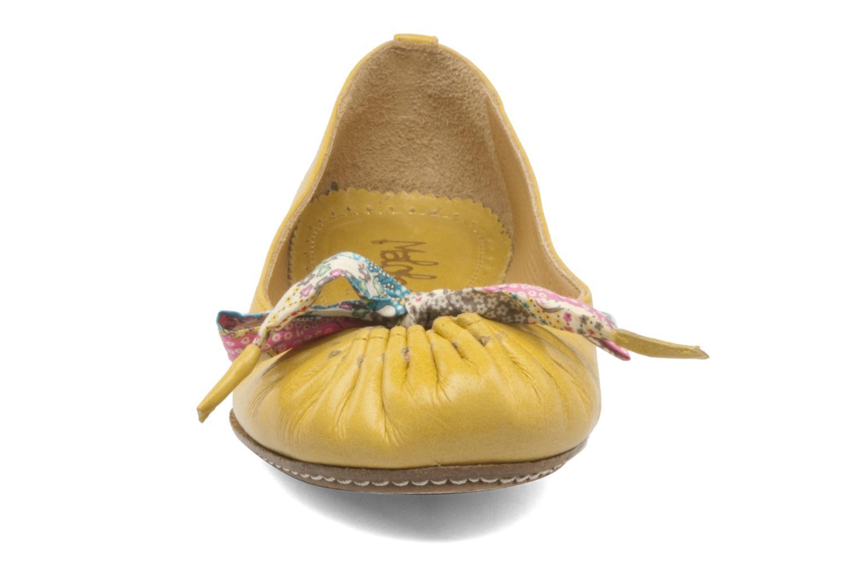 Ballet pumps Maloles Zoe Yellow model view