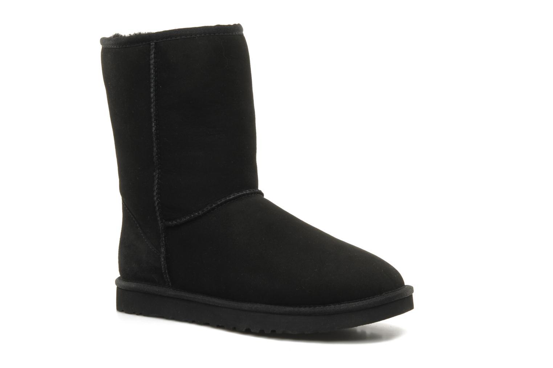 Bottines et boots UGG Classic Short Noir vue détail/paire