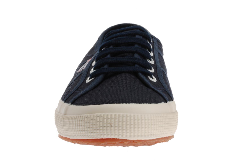 Baskets Superga 2750 Cotu M Bleu vue portées chaussures