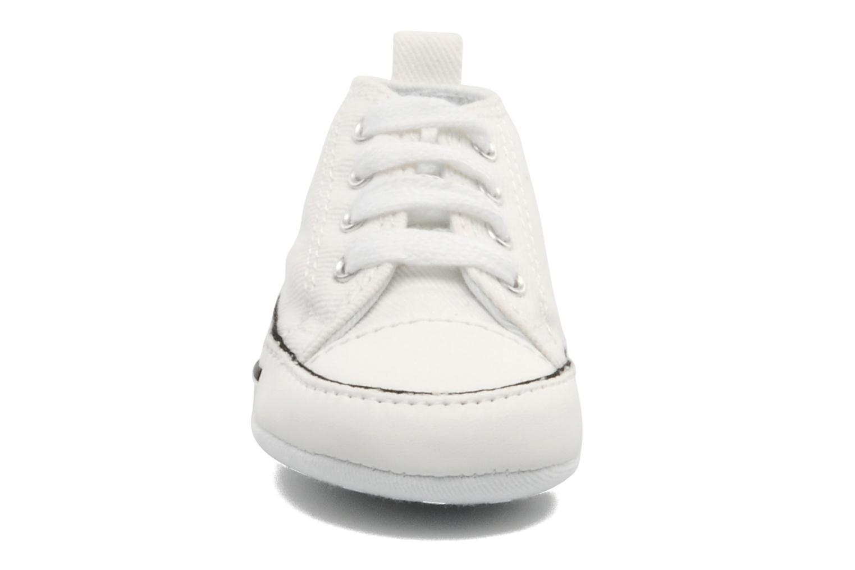 Sneakers Converse First Star Cvs Vit bild av skorna på