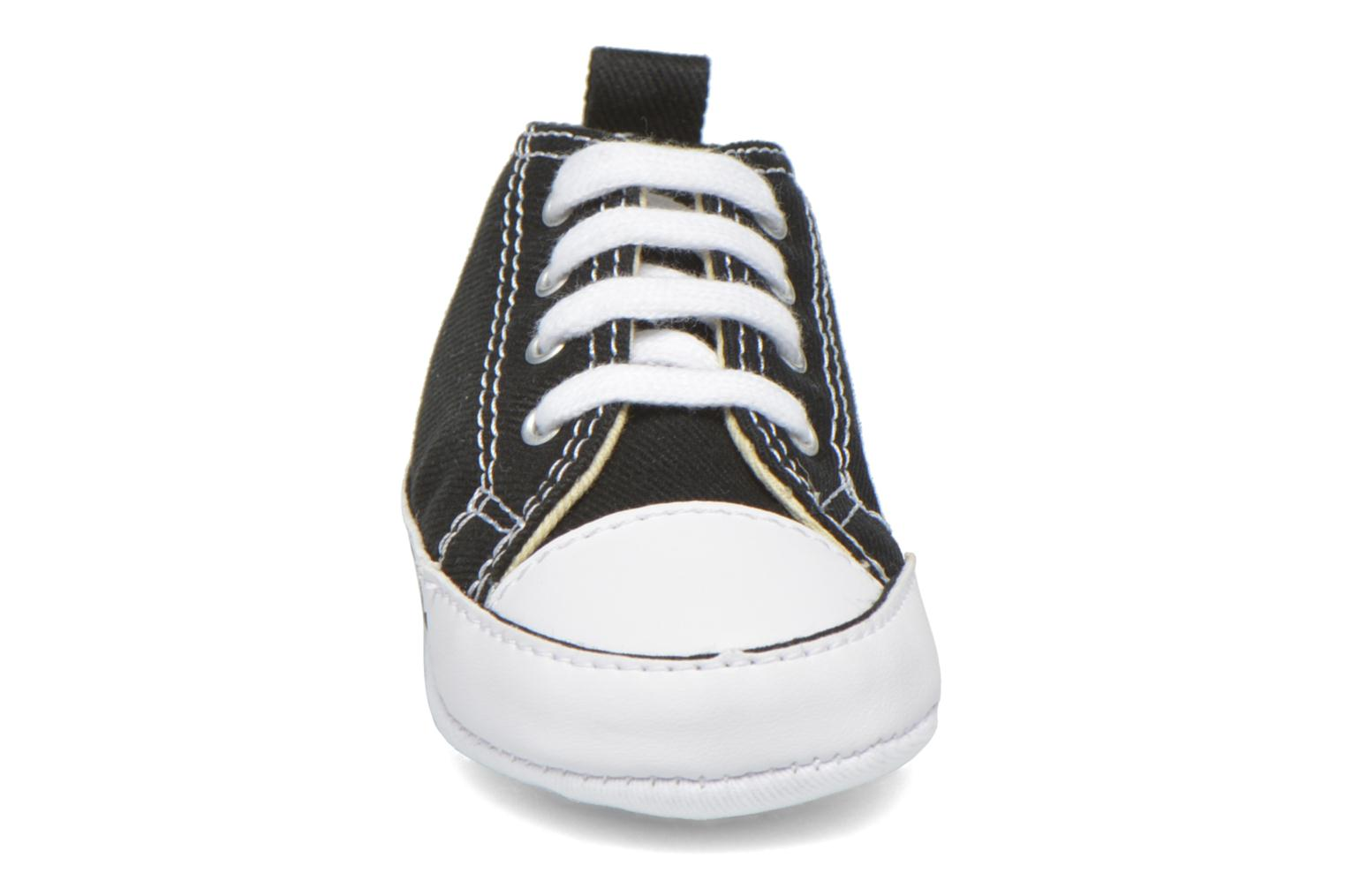 Trainers Converse First Star B Black model view