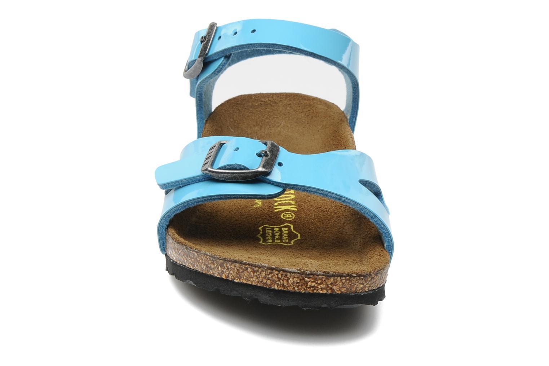Sandalen Birkenstock Rio Flor E blau schuhe getragen