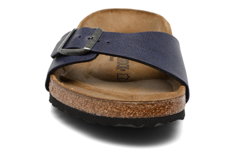 Sandales et nu-pieds Birkenstock Madrid Flor M Bleu vue portées chaussures