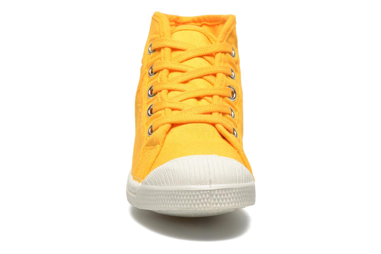 Baskets Bensimon Tennis Mid E Jaune vue portées chaussures