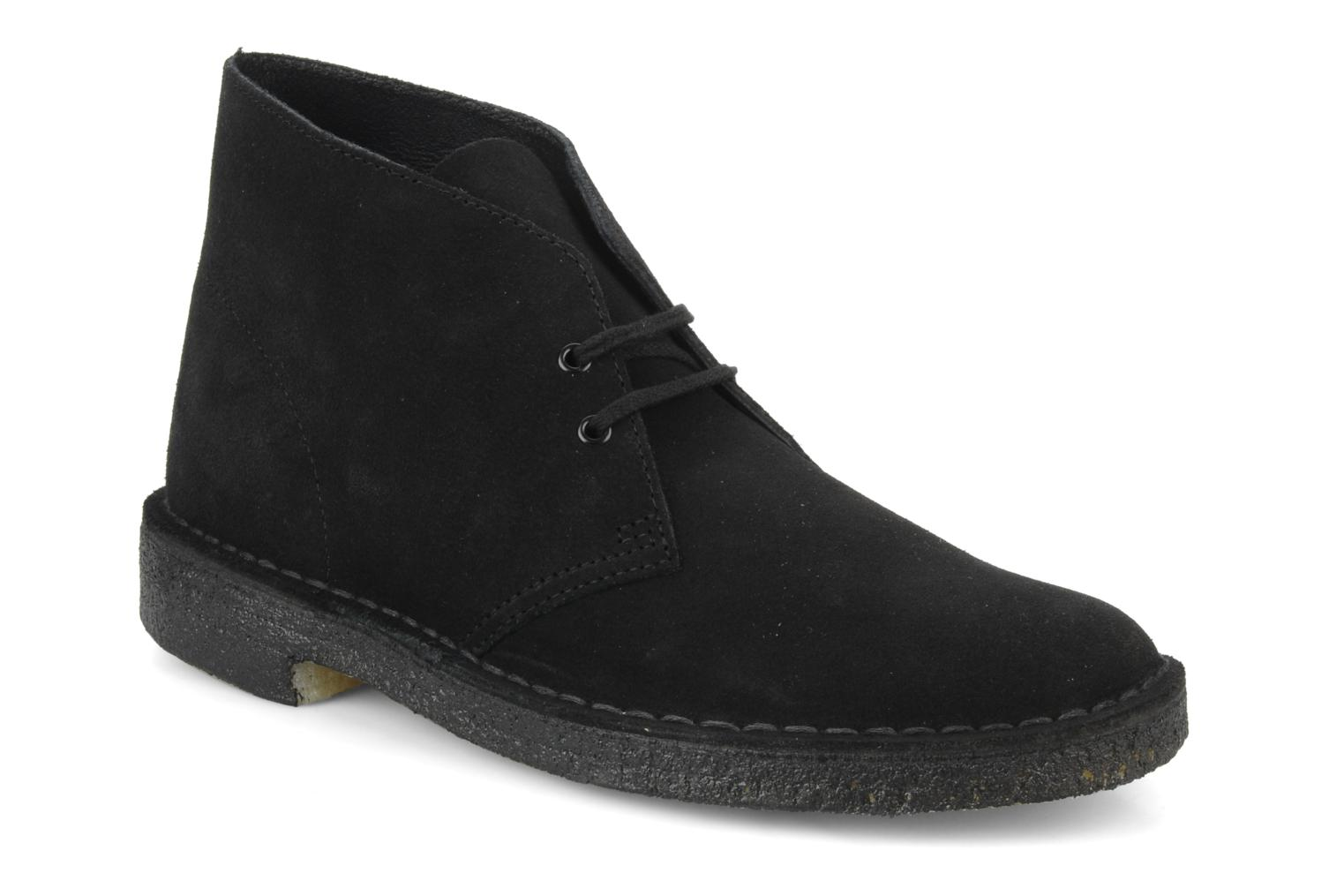 Lace-up shoes Clarks Desert Boot M Black detailed view/ Pair view