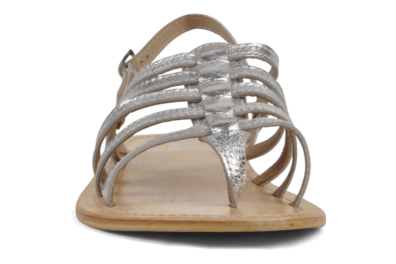 Sandalen Valensi Spinata silber schuhe getragen