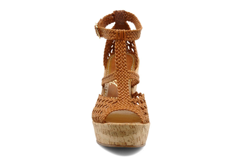 Sandales et nu-pieds JB MARTIN Indou Marron vue portées chaussures