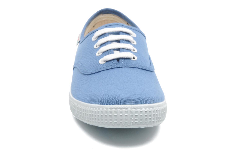 Baskets Victoria Victoria W Bleu vue portées chaussures