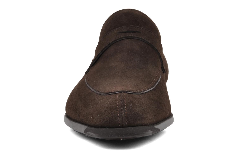 Mocassini Santoni William7419 Marrone modello indossato