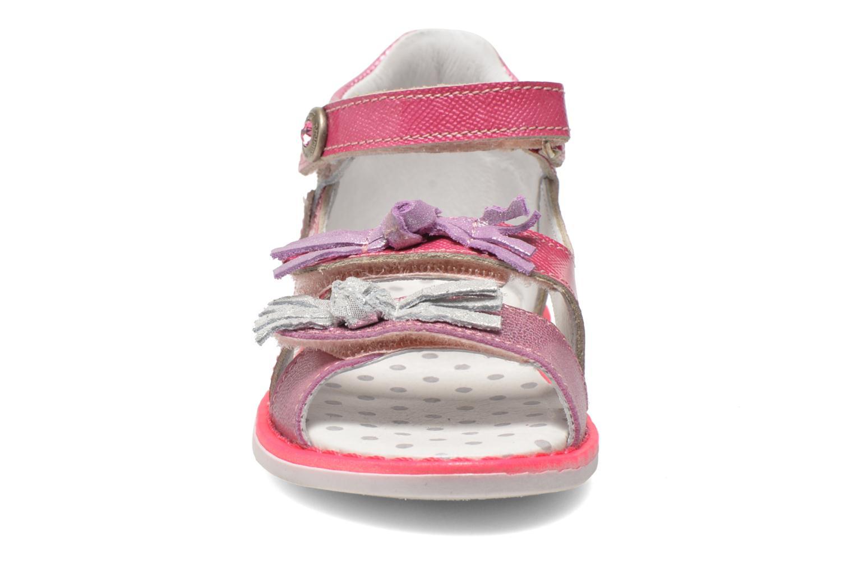 Sandales et nu-pieds Catimini Chenille Rose vue portées chaussures