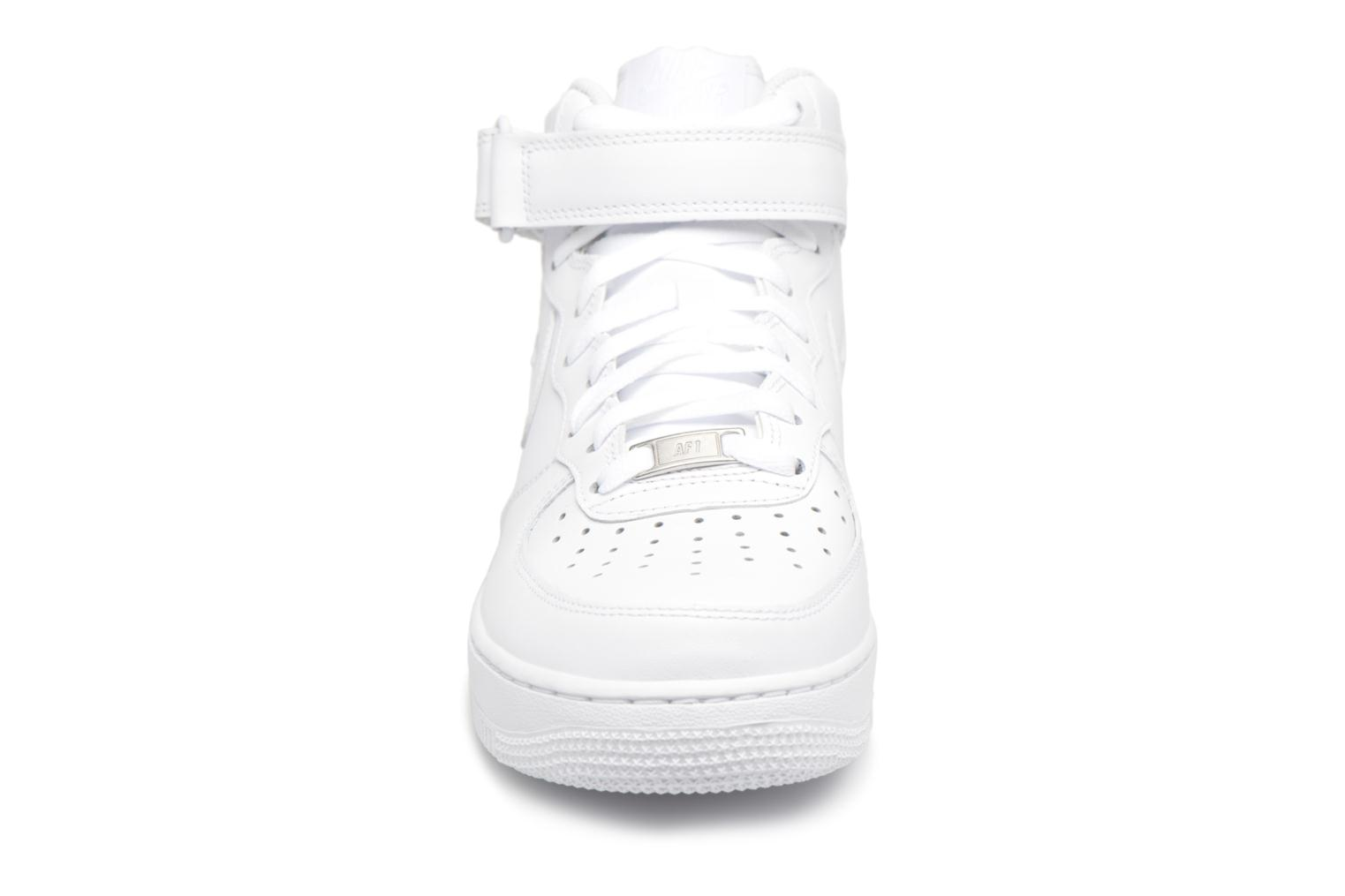 Trainers Nike Air Force 1 Mid White model view
