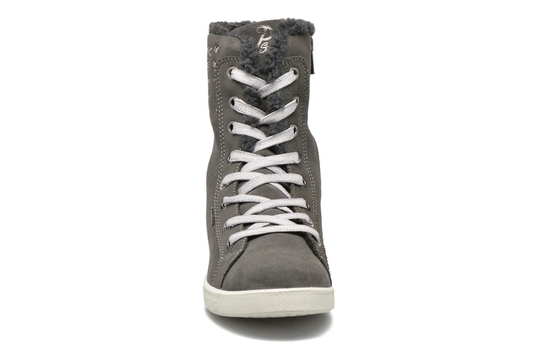 Stiefel Primigi Viorika-E grau schuhe getragen