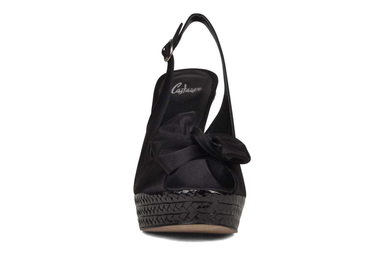 Sandales et nu-pieds Castaner Lili Noir vue portées chaussures