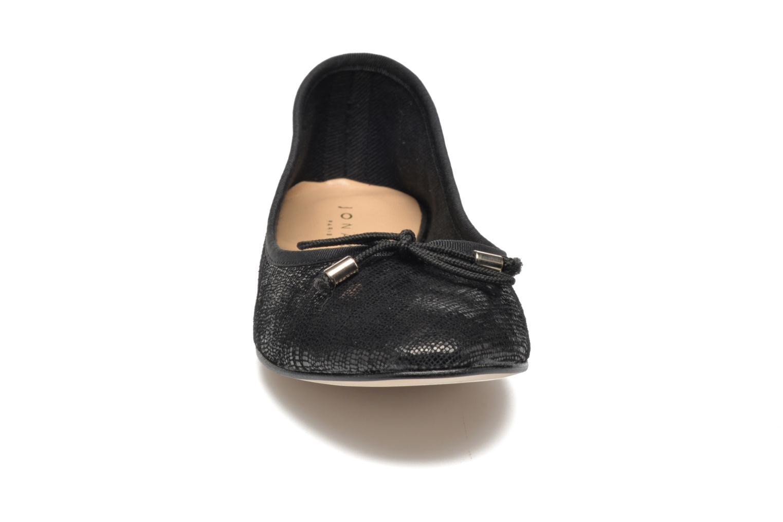 Ballerines Jonak Biwa Noir vue portées chaussures