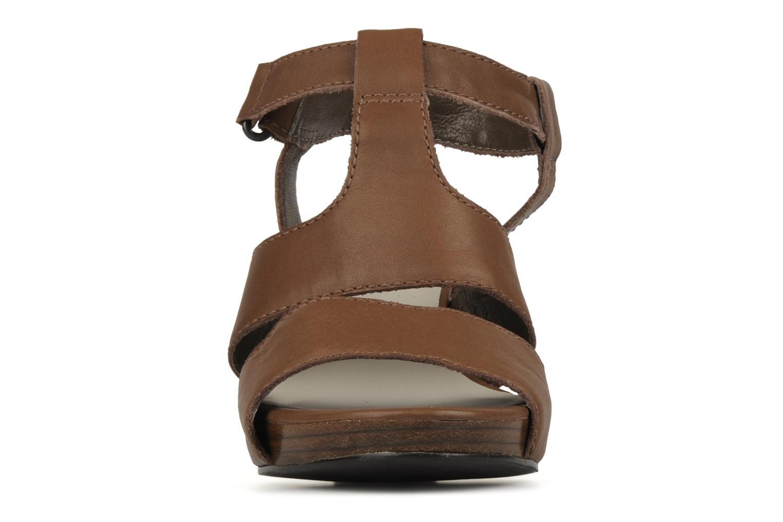 Sandales et nu-pieds JB MARTIN Hawaienne Or et bronze vue portées chaussures