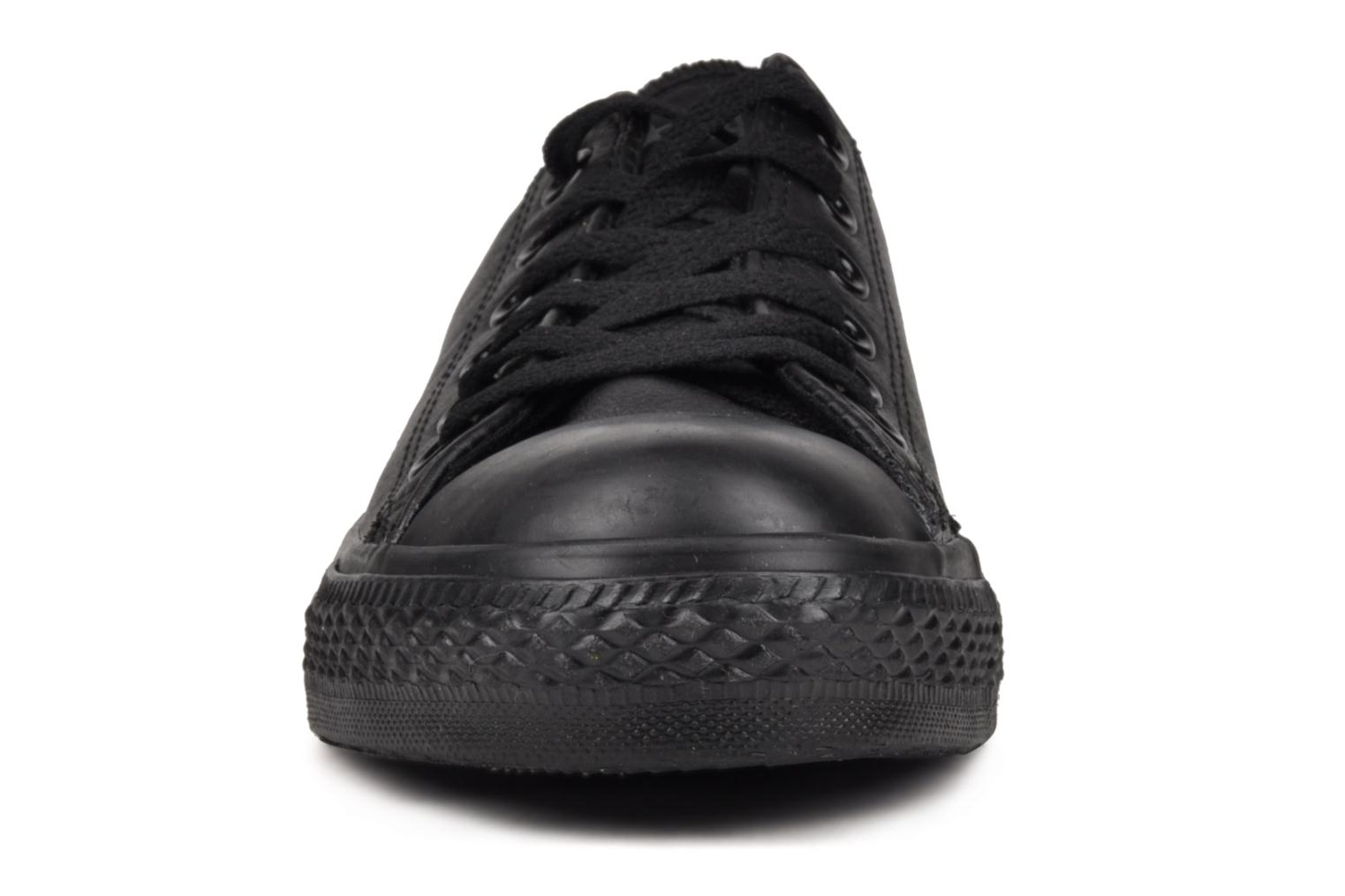 Sneaker Converse Chuck Taylor All Star Monochrome Leather Ox W schwarz schuhe getragen