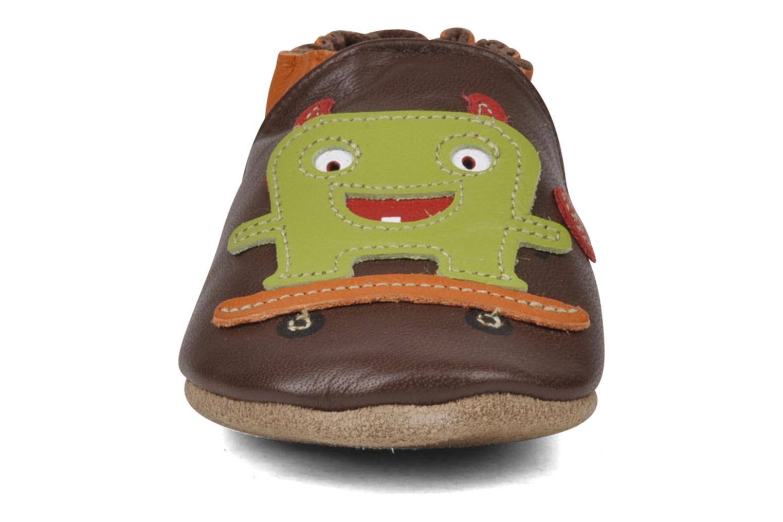 Chaussons Robeez Monster Marron vue portées chaussures