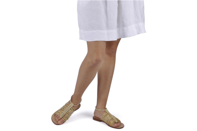 Sandalen Tatoosh Cherry beige ansicht von unten / tasche getragen