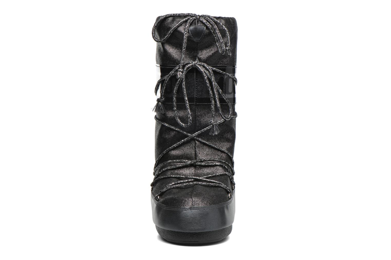 Stiefel Moon Boot Delux schwarz schuhe getragen