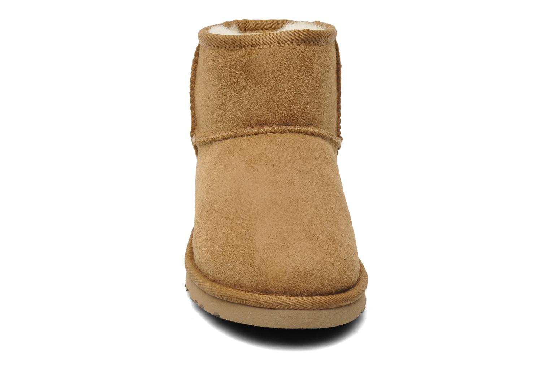 Stiefeletten & Boots UGG Kid's classic short beige schuhe getragen