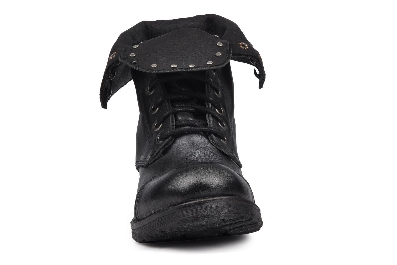 Bottines et boots Koah Karina Noir vue portées chaussures
