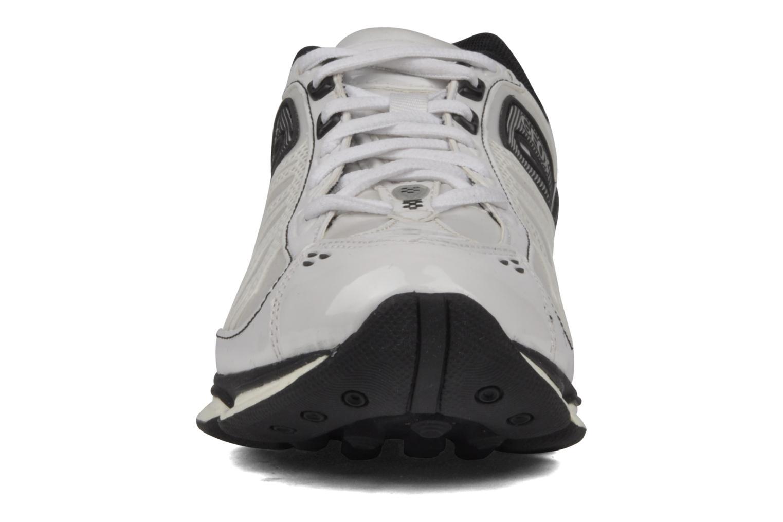 Scarpe sportive Geox D alpha b Bianco modello indossato