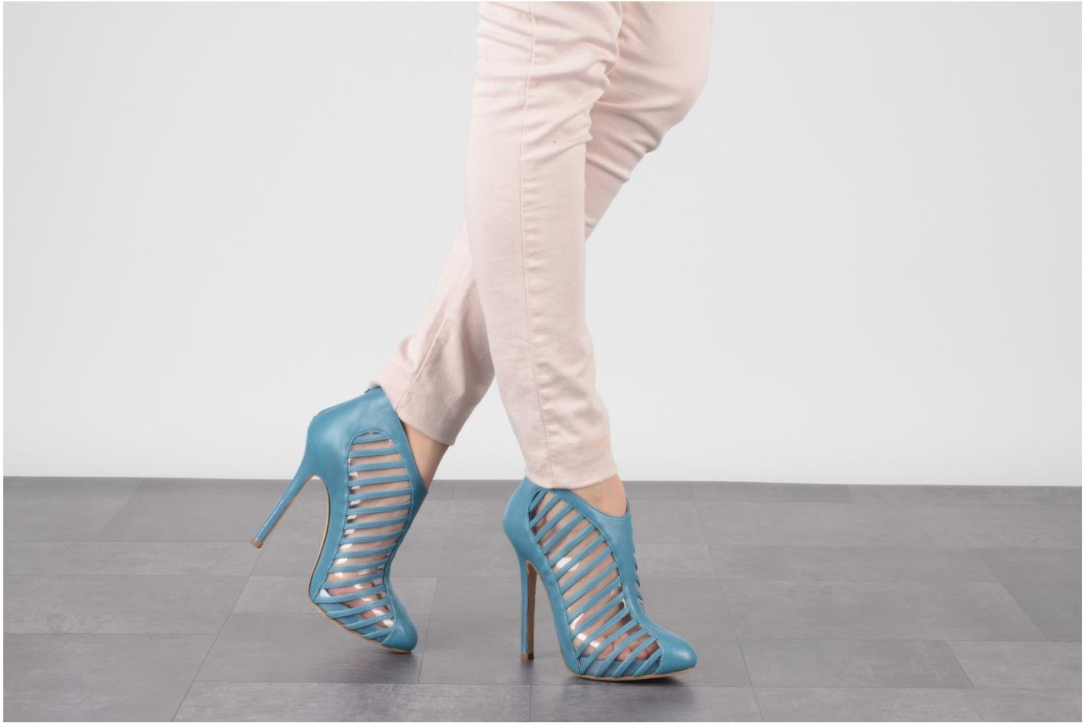 Ankle boots Mary-Kyri Zoa Blue view from underneath / model view