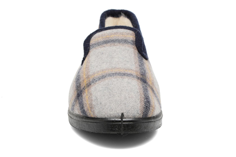 Hausschuhe Rondinaud Morlaix grau schuhe getragen