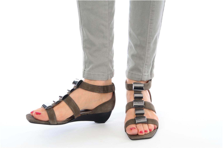 Sandales et nu-pieds JB MARTIN Iro Marron vue bas / vue portée sac