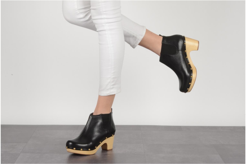 Bottines et boots Studio TMLS Caius boot Noir vue bas / vue portée sac