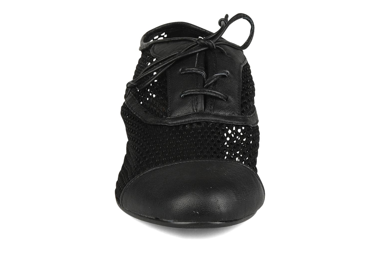 Zapatos con cordones Pour La Victoire Morina Negro vista del modelo