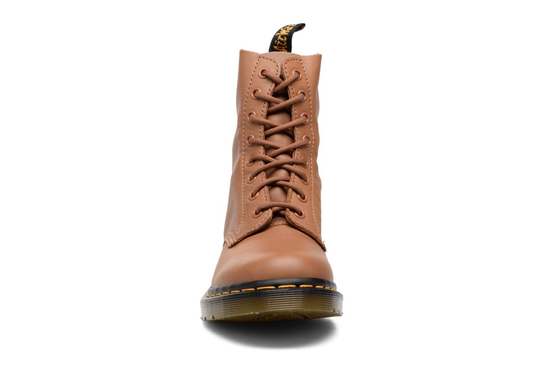 Bottines et boots Dr. Martens PASCAL M Marron vue portées chaussures