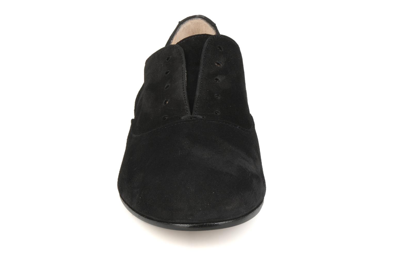 Chaussures à lacets Georgia Rose Saïan Noir vue portées chaussures