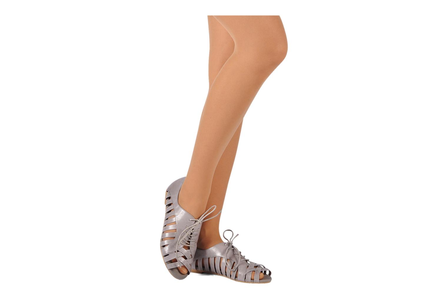 Lace-up shoes Jeffrey Campbell Hoyt Grey view from underneath / model view