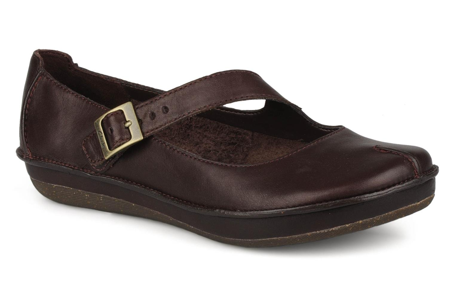 Ballet pumps Clarks Essence chime Brown detailed view/ Pair view
