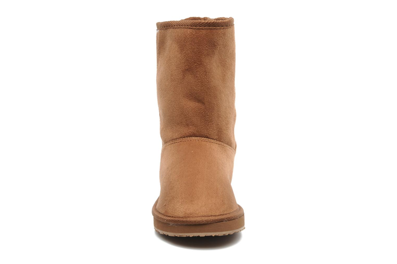 Ankle boots Buffalo Delfina Brown model view