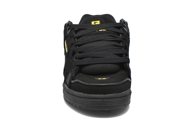 Sabre Black Black Yellow