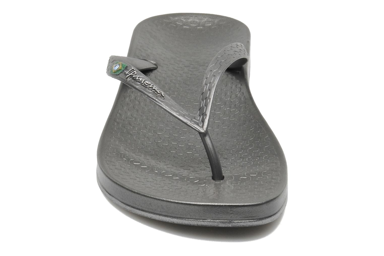 Tongs Ipanema Anatomic Brilliant III Argent vue portées chaussures