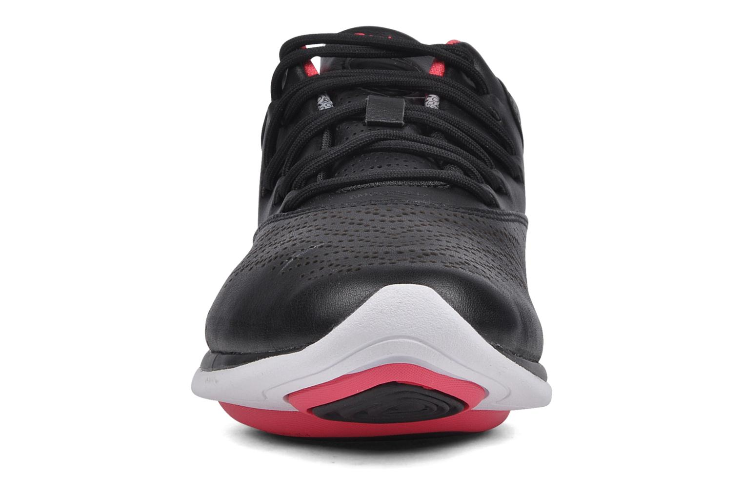 Sport shoes Reebok Easytone trend lp Black model view