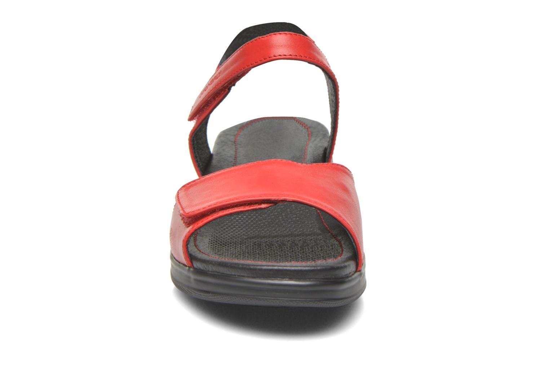 Sandales et nu-pieds Stonefly Aqua II 7 Rouge vue portées chaussures