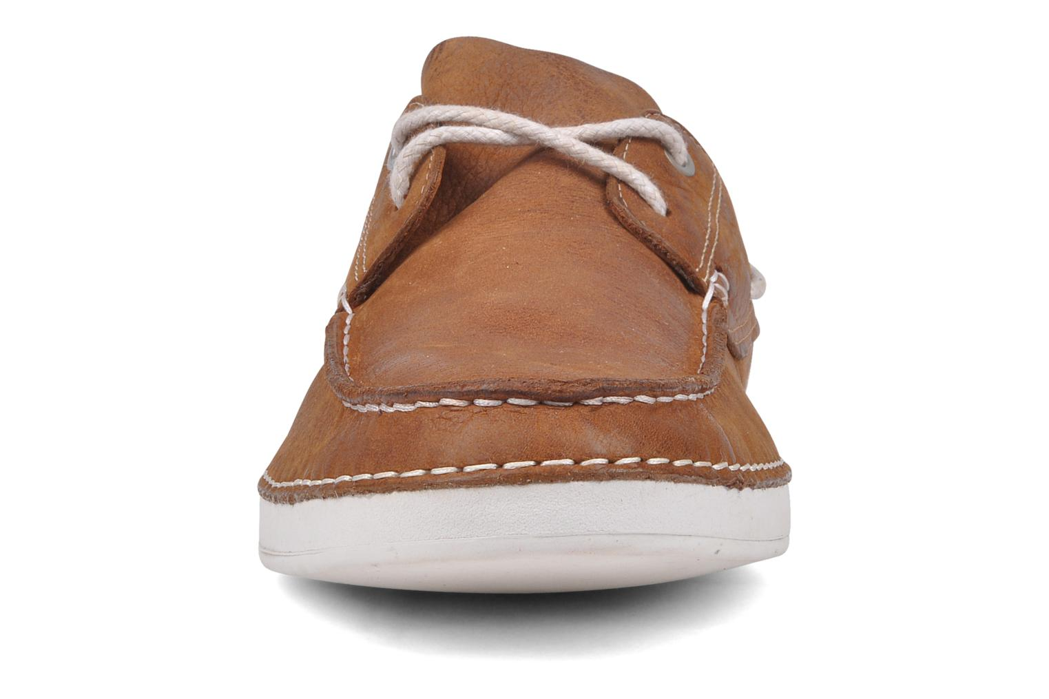 Chaussures à lacets Timberland Earthkeepers 2.0 2 eye boat Marron vue portées chaussures